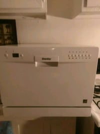 Danby .NEW Portable. Dishwasher. ( Under cabinet  or countertop