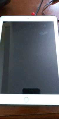 Ipad 6th generation with case charger and glass sc Indianapolis, 46239