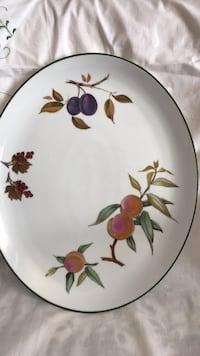 Royal Worcester dish by collectible name Evesham Vale Toronto, M8Y 1N6