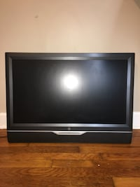 Black and gray flat screen tv with dvd player Staunton, 24401