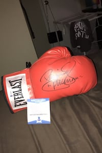 """Manny Pacquioa """"pacman"""" autographed signed glove with authenticity!"""