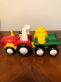 Fisher Price Little People Musical Farm Tractor/Truck