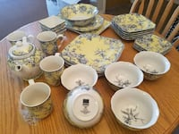 Beautiful  china set Victoria