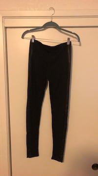 Leggings with Faux Leather Detail Bakersfield, 93308