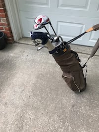 black and gray golf bag with golf clubs Mission Hills, 66208