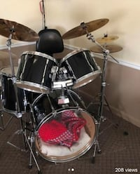 Tama 5pcs set w/ cymbals Palm Bay, 32907