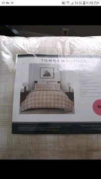 Tommy Hilfiger King size comforter and sheets Indianapolis, 46201