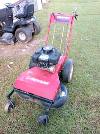 Self propelled mower with reverse, adjust height Lynchburg, 24501