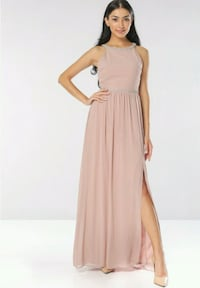 BNWT EMBELLISHED FORMAL GOWN Toronto, M5B 2H5