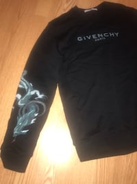 Givenchy Capricorn Sweater Hyattsville, 20782