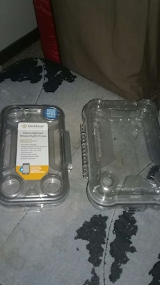 two clear smartphone cases
