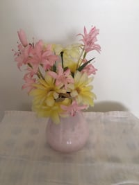 Artificial flowers with vase Height: Approximate 20cm