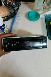kenwood  Stereo 200 wats Houston, 77048