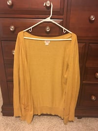 Mustard yellow cardigan  Hahira, 31632