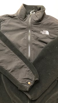 Boys north face. Size 14/16. Great condition   Bartlett, 60103