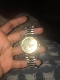 Timex gold watch Toronto, M3J 3C2