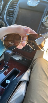 Ray ban glasses or best offer
