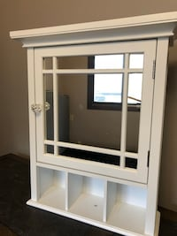 White wooden cabinet  Inver Grove Heights, 55076