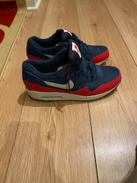 NIKE AIR MAX 1 ESSENTIAL Midnight Navy/University Red Size 10 Silver Spring, 20910