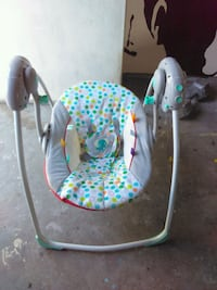 baby's white and green swing chair Delhi, 95315