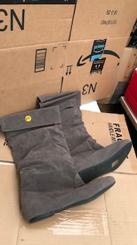 New. Never used. gray suede boots. size9