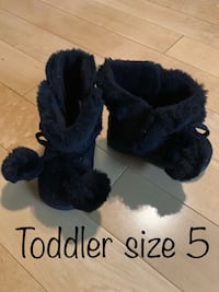 Toddler fashion (warm) boots Coquitlam, V3J 7S9