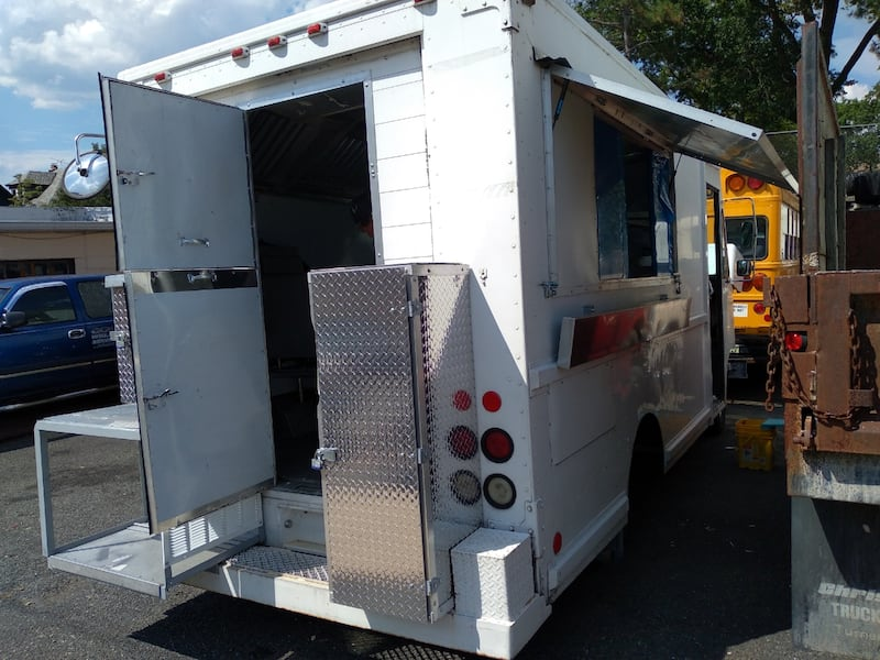 Se vende food truck algo negociable.. 42238248-46b3-4b96-9076-f1f2afa87119