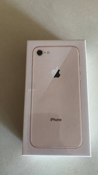 iPhone 8 64GB GOLD Surrey, V3T