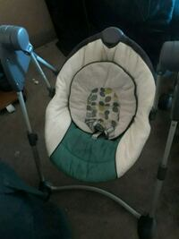baby's white and gray swing chair Stockton, 95207