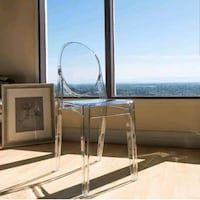 Set of 4 Clear Dining Chairs ($85pcs.) Bothell, 98012