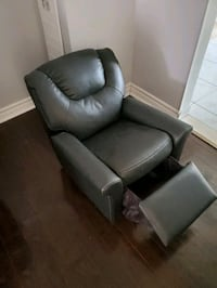 Toddler  Chair / Recliner