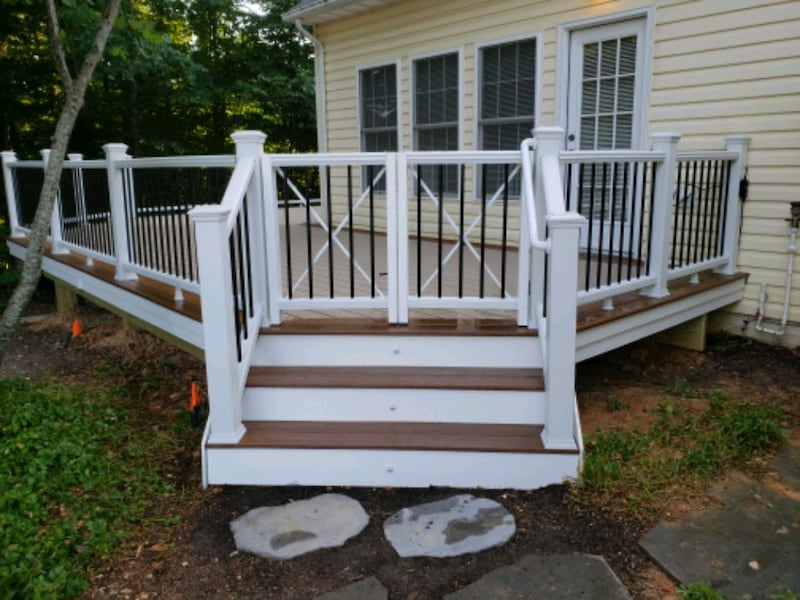 Deck and fence,free estimate .in virginia. 6a6a0953-11d7-4ed6-80c7-48fc92aa83cd