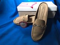 Mia Amore loafers size 10 West Chester, 19380