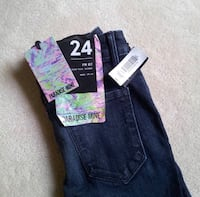 BNWT Aritzia paradise mine jeans  Vancouver, V5N 3R9