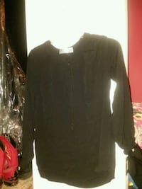 black long-sleeved shirt Blairsville, 30512