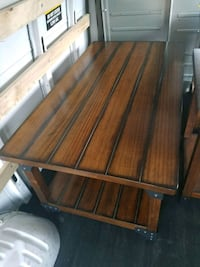 Wooden coffee table and 2 side table/night stand Las Cruces