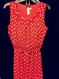 Red summer dress with white polka dots Prineville, 97754
