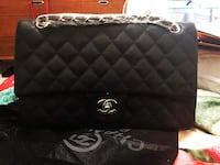 quilted black Chanel leather crossbody bag Garden Grove, 92844