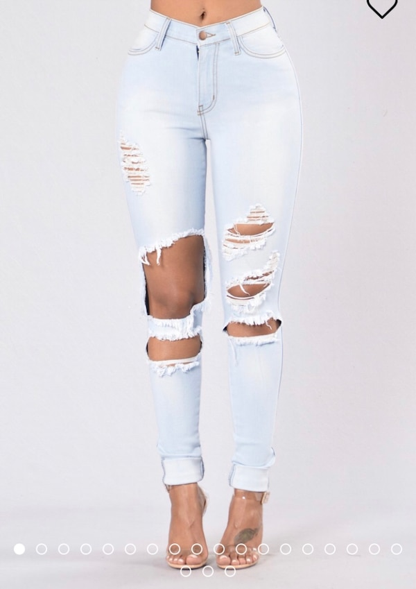 320d1f665 Used Fashionnova Ripped Jeans for sale in Alexandria - letgo