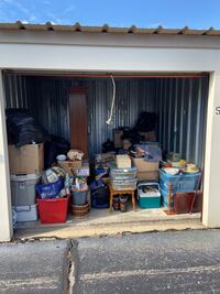 Storage Open Near 13th & Layton ) Make offers On Items