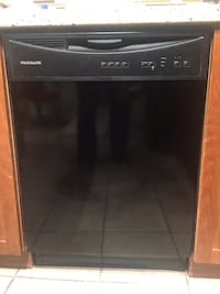 black and gray Frigidaire dishwasher Milton, L9T