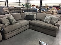 Brand New Simmons Sectional in Macey Pewter Rock Hill, 29730