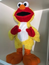 Chicken dance singing Elmo Fairfax, 22032