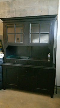Large cabinet  Columbia, 21044