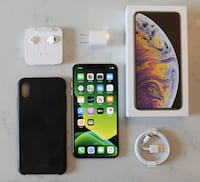 iPhone XS Max 256GB Silver Unlocked - 10/10 Condition Toronto, M2N 1M5