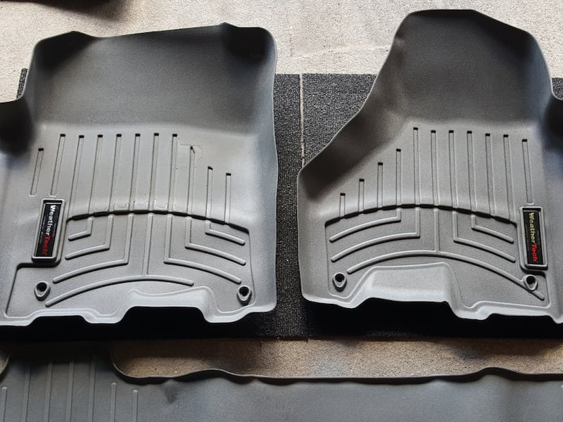 Dodge Ram 2500 3500 WeatherTech liners 71486b17-faa9-4f95-93af-fbe963c97469