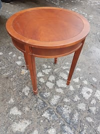 round brown wooden side table Tay, L0K