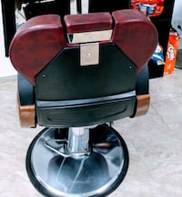 black and red salon chair Brooklyn, 11207