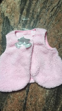 Girls 3t pink fur soft vest with silver now worn once with outfit
