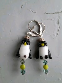 Sterling silver penguin earrings Old Town Manassas, 20109